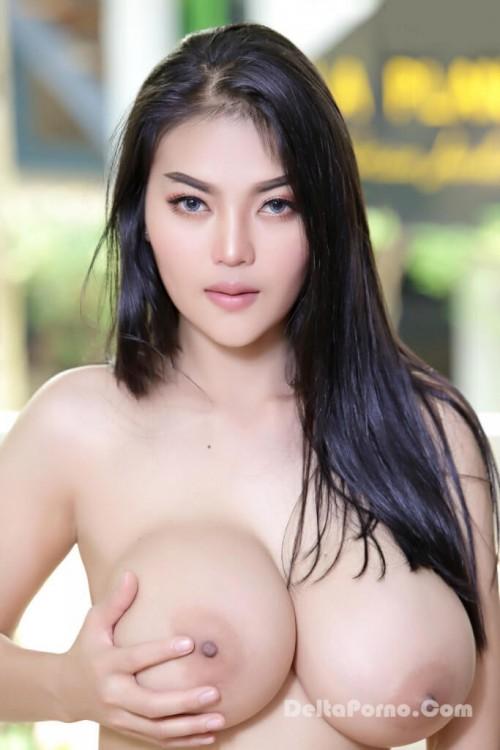 Faii Orapun Nude Instagram Model Big Tits 7