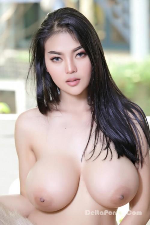 Faii Orapun Nude Instagram Model Big Tits 11