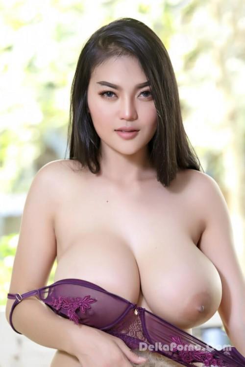 Faii Orapun Nude Instagram Model Big Tits 9