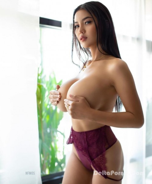Faii Orapun Nude Instagram Model Big Tits 8