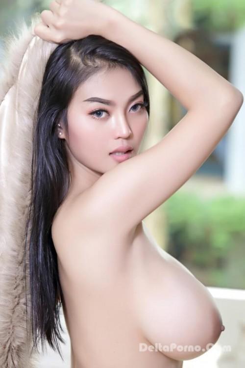 Faii Orapun Nude Instagram Model Big Tits 15