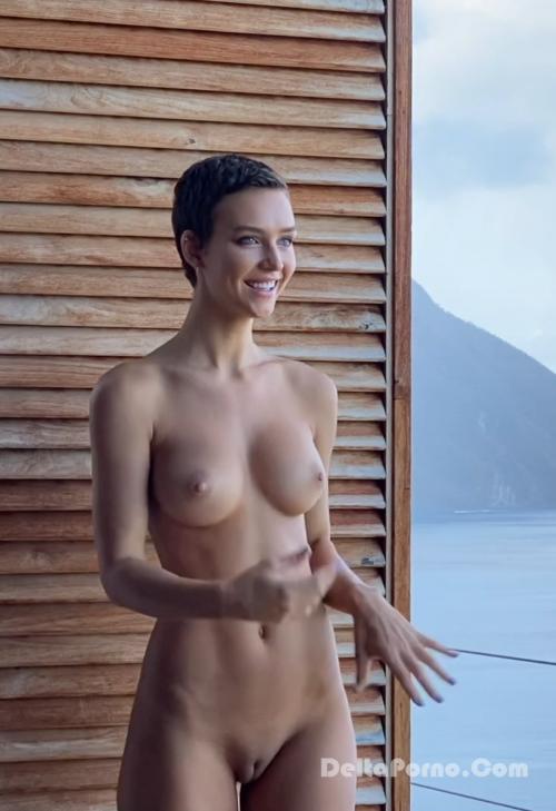 Rachel Cook  nackt